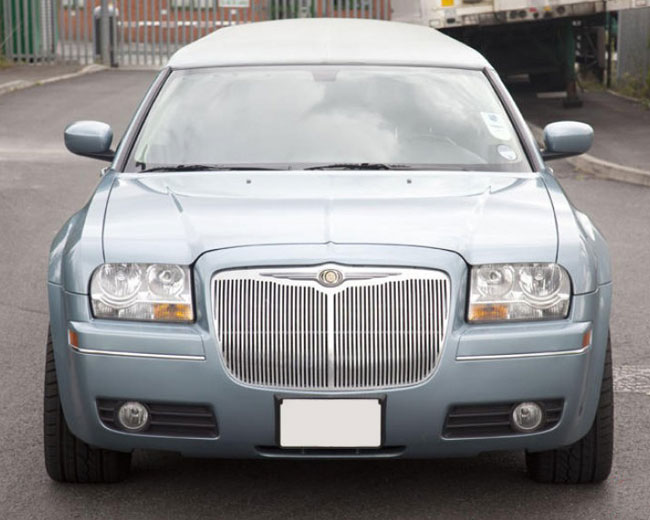 Chrysler Limos [Baby Bentley] in London & UK