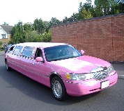 Lincoln Towncar Limos in Mirfield