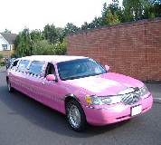 Lincoln Towncar Limos in Wolverton and Greenleys