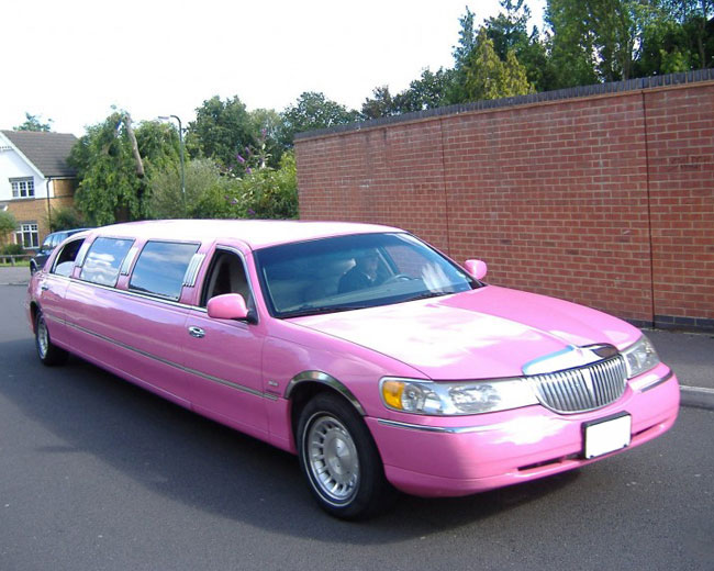 Lincoln Towncar Limos in London & UK